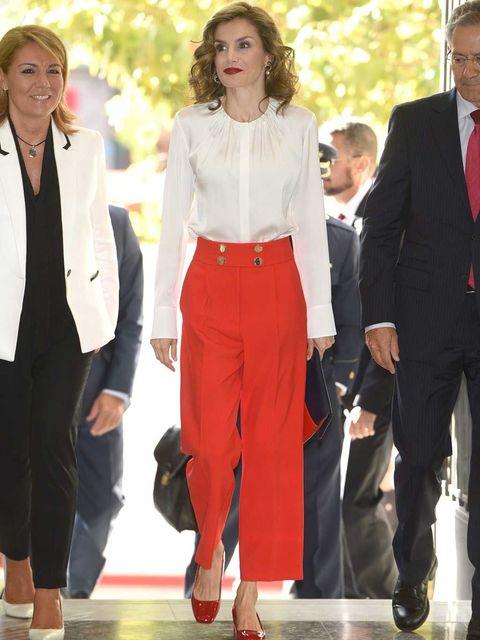 Clothing, Footwear, Leg, Trousers, Collar, Shirt, Outerwear, Coat, Red, Dress shirt,