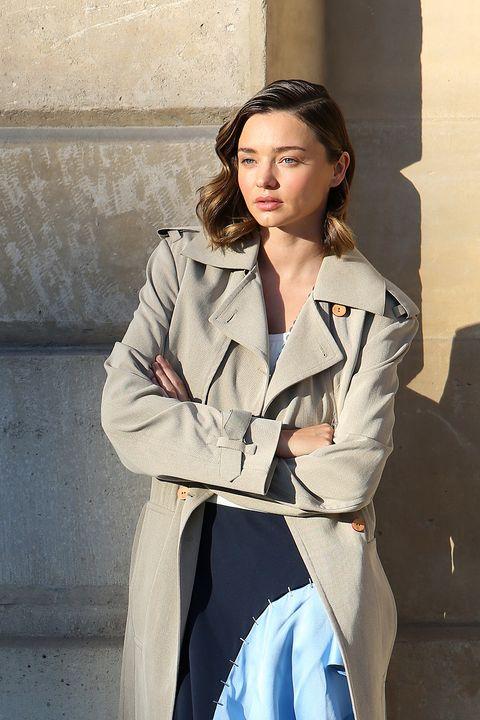 Sleeve, Collar, Outerwear, Coat, Style, Formal wear, Street fashion, Blazer, Fashion, Bag,