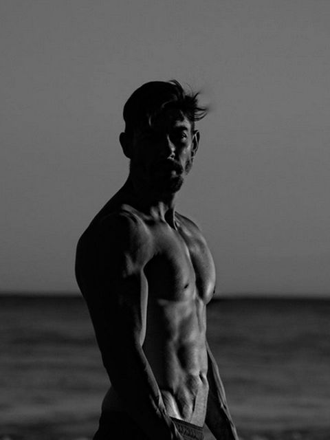 Human, Human body, Shoulder, Standing, Elbow, Chest, Monochrome, Style, Barechested, Monochrome photography,