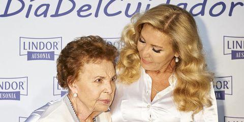 norma duval con su madre