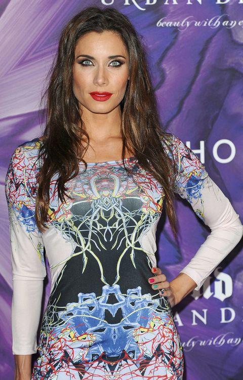 Clothing, Mouth, Lip, Hairstyle, Style, Eyelash, Dress, Purple, Fashion model, Electric blue,