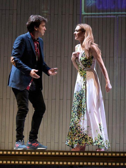 Javier Veiga y Marta Hazas