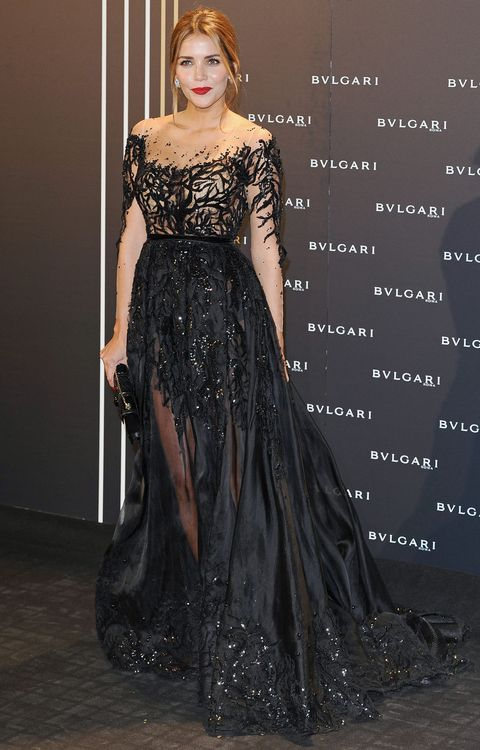 Clothing, Dress, Formal wear, Fashion model, Fashion, One-piece garment, Gown, Day dress, Embellishment, Costume design,