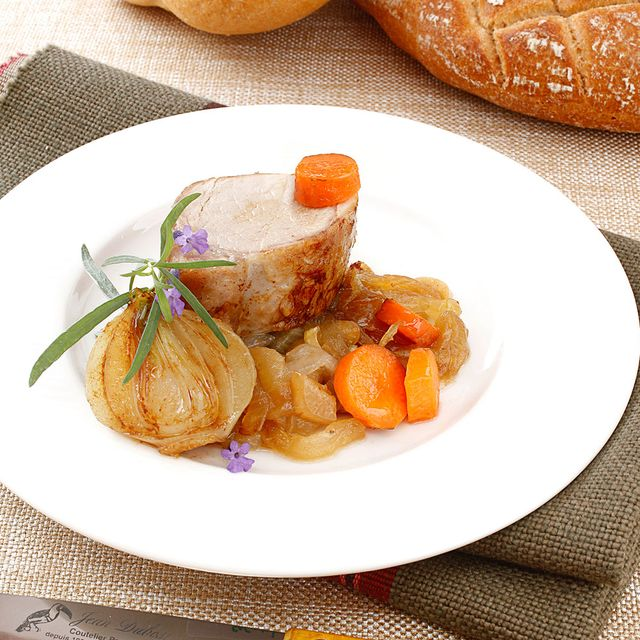 solomillo con cebollas glaseadas