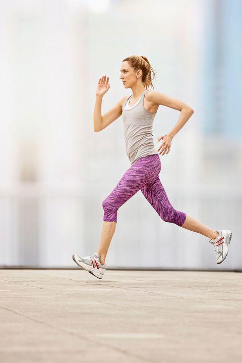 Leg, Finger, Human leg, Shoe, Sportswear, Joint, Standing, Athletic shoe, Knee, Elbow,