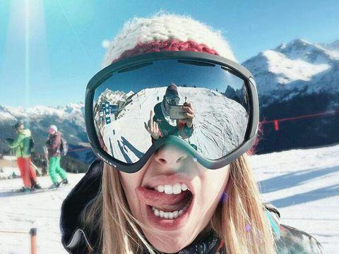 Eyewear, Winter, Fun, Recreation, Snow, Leisure, Mountain range, Personal protective equipment, Freezing, Goggles,