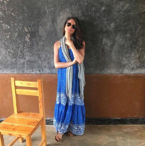 Clothing, Blue, Shoulder, Formal wear, Neck, Electric blue, Denim, Fashion, Dress, Joint,