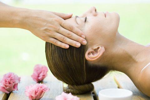 Cheek, Skin, Petal, Joint, Muscle, Temple, Chest, Trunk, Sculpture, Massage,