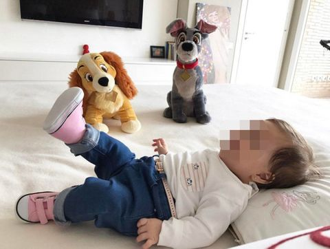 Toy, Comfort, Stuffed toy, Baby & toddler clothing, Plush, Baby toys, Display device, Door, Fictional character, Baby Products,
