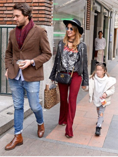 Clothing, Footwear, Leg, Hat, Trousers, Textile, Outerwear, Sunglasses, Style, Fashion accessory,