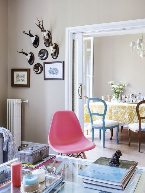 Room, Interior design, Floor, Furniture, Flooring, Interior design, Home, Chair, Home accessories, Wall clock,
