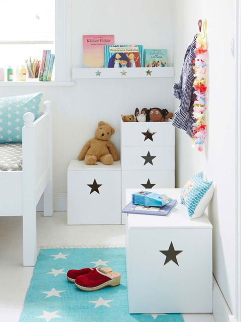 c mo mantener en orden en un dormitorio infantil. Black Bedroom Furniture Sets. Home Design Ideas