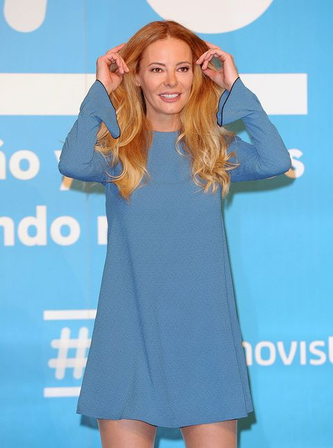 Sleeve, Shoulder, Dress, One-piece garment, Collar, Cocktail dress, Day dress, Electric blue, Long hair, Cobalt blue,