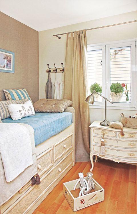 Wood, Room, Interior design, Property, Hardwood, Textile, Bed, Wall, Drawer, Floor,