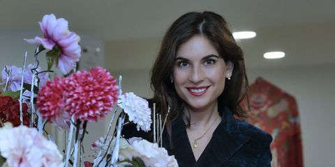 Smile, Petal, Flower, Bouquet, Jewellery, Floristry, Flowering plant, Cut flowers, Flower Arranging, Eyelash,