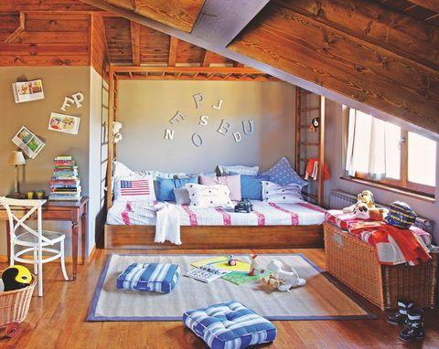 Wood, Room, Interior design, Textile, Home, Bed, Ceiling, Bedroom, Floor, Hardwood,