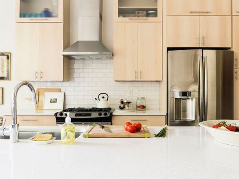 Major appliance, Room, Kitchen, Home appliance, Kitchen stove, Kitchen appliance, Kitchen appliance accessory, Small appliance, Stove, Cookware and bakeware,