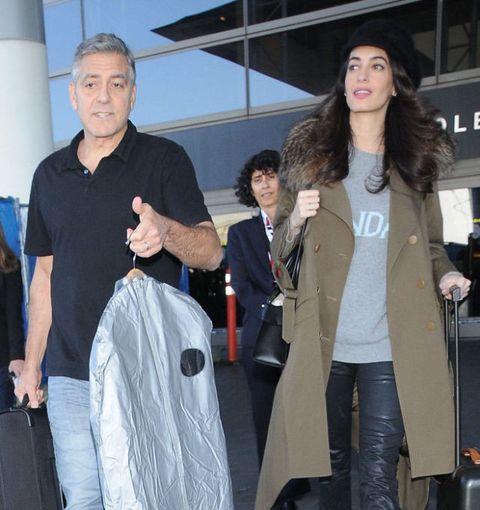 Coat, Textile, Outerwear, Blazer, Bag, Jacket, Luggage and bags, Street fashion, Pocket, Brown hair,