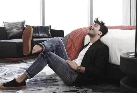 Comfort, Textile, Room, Jeans, Interior design, Floor, Sitting, Suit, Denim, Flooring,