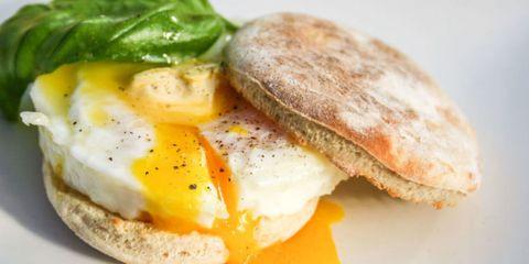 Food, Fried egg, Egg yolk, Ingredient, Meal, Finger food, Cuisine, Breakfast, Dish, Egg white,