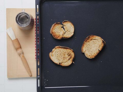 Wood, Food, Baked goods, Finger food, Ingredient, Breakfast, Bread, Snack, Cuisine, Plate,