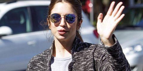 Eyewear, Sunglasses, Hair, Glasses, Street fashion, Cool, Lip, Fashion, Hairstyle, Beauty,