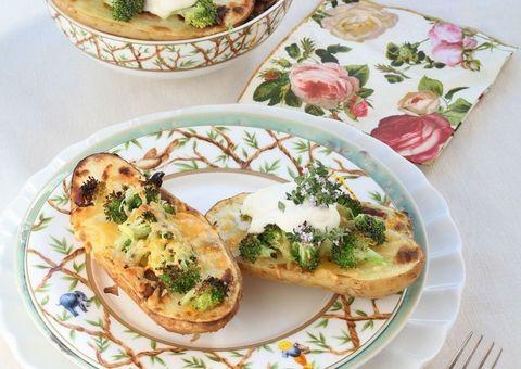 receta patatas al horno con brócoli y queso cheddar