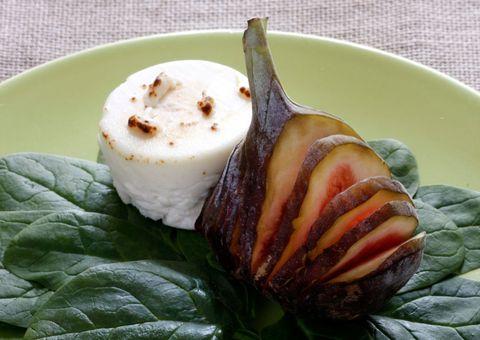 receta espinacas con higo en láminas y queso