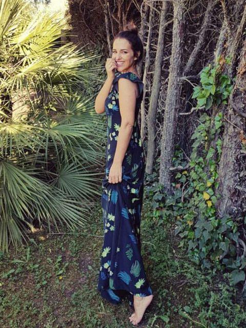 Clothing, Blue, Dress, Green, Fashion, Beauty, Natural environment, Photo shoot, Cobalt blue, Shoulder,