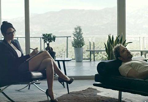 Comfort, Sitting, Hat, Furniture, Black hair, Flowerpot, Balcony, Armrest, Houseplant, Living room,