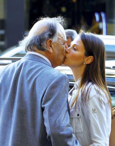 Kiss, Interaction, Romance, Forehead, Love, Human, Gesture, Hug, Photography, Conversation,