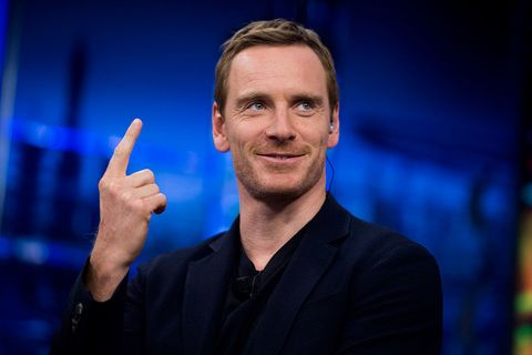 Gesture, Finger, Hand, Sign language, Thumb, Spokesperson, Smile, Television presenter, Businessperson, Speech,