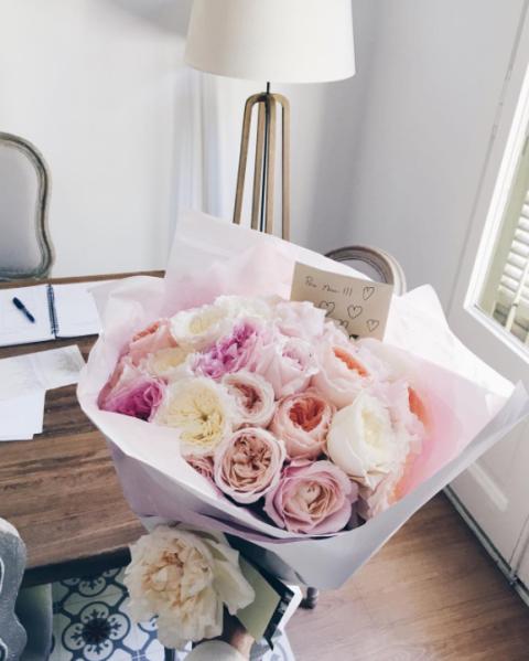 Pink, White, Rose, Flower, Garden roses, Cut flowers, Bouquet, Rose family, Petal, Centrepiece,