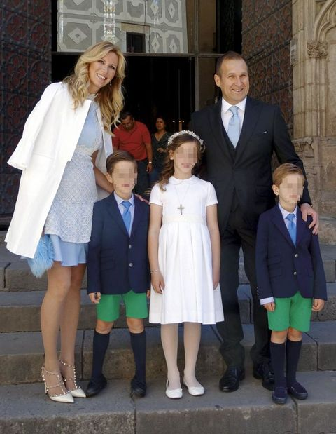 Uniform, Event, Child, Outerwear, Ceremony, Family,