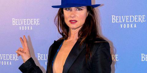 Juliette Lewis Semi Desnuda Y Sin Ropa Interior En Madrid