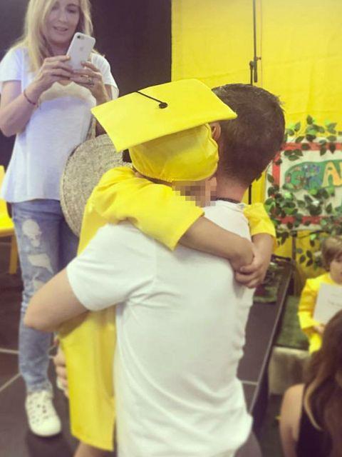 Yellow, Fun, Hug, Plant, Happy, Smile, Child, Costume, T-shirt,
