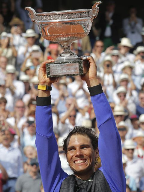 People, Trophy, Championship, Crowd, Fan, Competition event, Tennis player, Fun, World, Audience,
