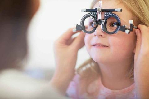 Eyewear, Glasses, Face, Eyebrow, Skin, Nose, Beauty, Eye, Forehead, Lip,
