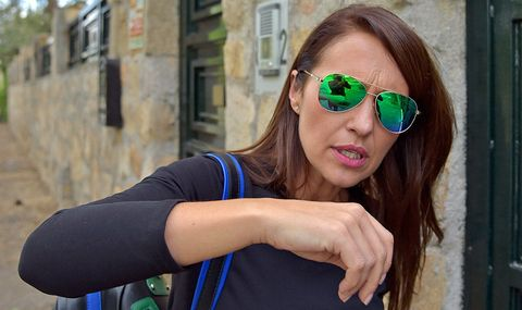 Eyewear, Sunglasses, Hair, Face, Glasses, Green, Cool, Beauty, Vision care, Smile,