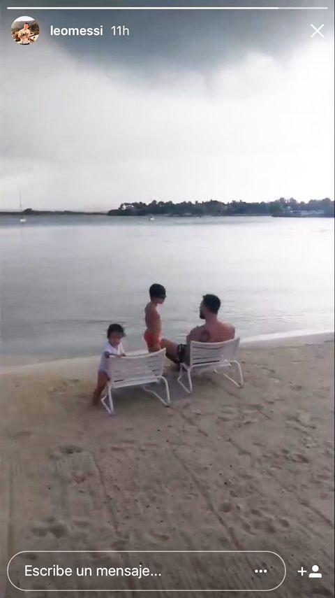 Sitting, Photograph, Vacation, Sea, Fun, Beach, Leisure, Ocean, Shore, Summer,