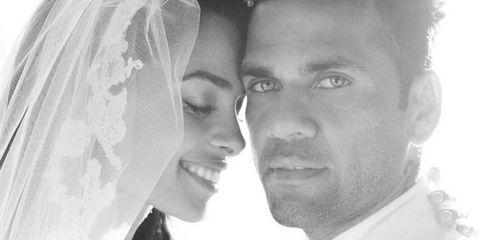 Nose, Lip, Bridal veil, Eye, Forehead, Veil, Eyebrow, Photograph, White, Happy,