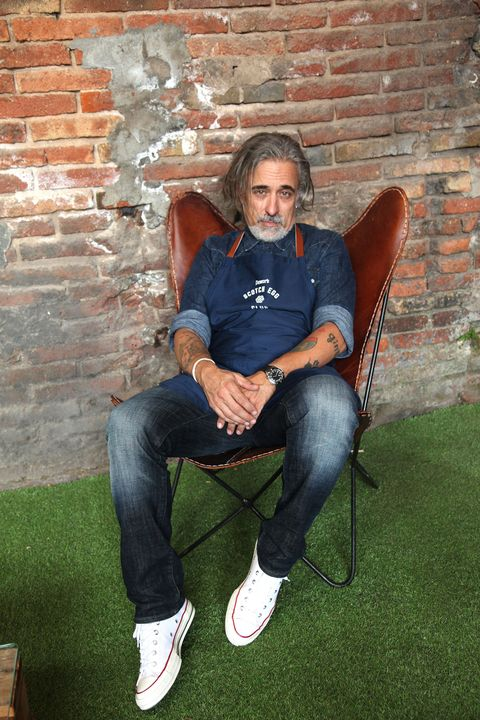 Sitting, Jeans, Wall, Grass, Denim, Cool, Photography, Textile, Leisure, Brick,