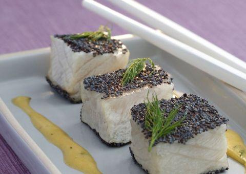 receta Pez espada con empanado de semillas de amapola