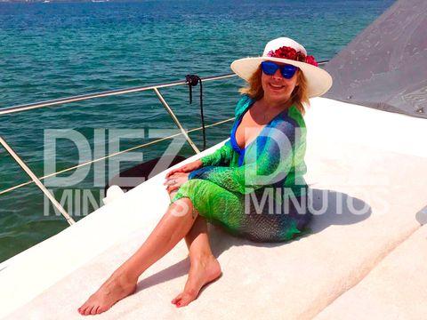 Clothing, Vacation, Sun hat, Summer, Leisure, Fun, Swimwear, Headgear, Neck, Caribbean,