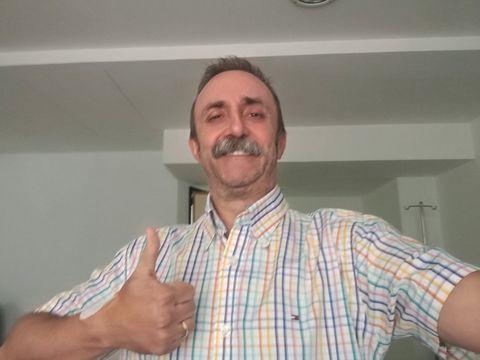 Finger, Facial hair, Dress shirt, Collar, Shoulder, Shirt, Joint, Ceiling, Beard, Moustache,