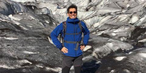Adventure, Geological phenomenon, Mountaineer, Mountain, Mountaineering, Jacket, Outerwear, Recreation, Mountain guide, Hiking equipment,