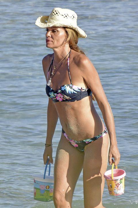 Bikini, Clothing, Undergarment, Swimsuit bottom, Swimwear, Swimsuit top, Vacation, Navel, Lingerie, Summer,