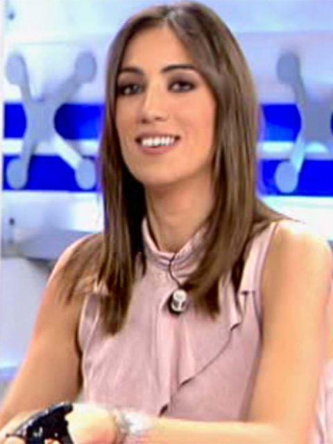 Hair, Television presenter, Blond, Newsreader, Skin, Hairstyle, Lip, Brown hair, Smile, Long hair,