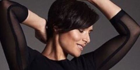 Hair, Face, Hairstyle, Shoulder, Skin, Chin, Black hair, Arm, Neck, Forehead,