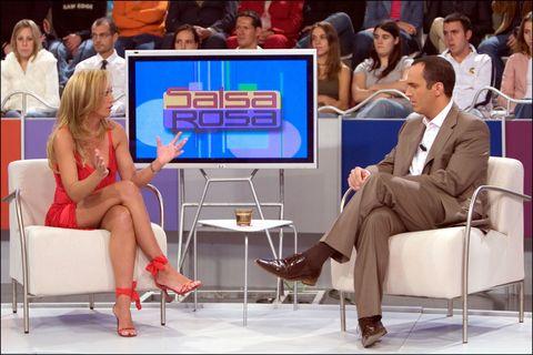 Television program, Newscaster, Leg, Sitting, Technology, News, Television set, Electronic device, Event, Gadget,